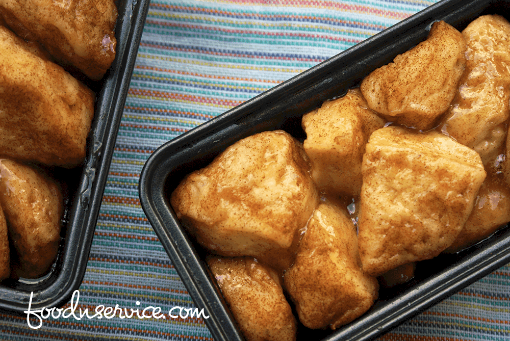This instant pot monkey bread recipe turned out fabulous! You need to make it today!