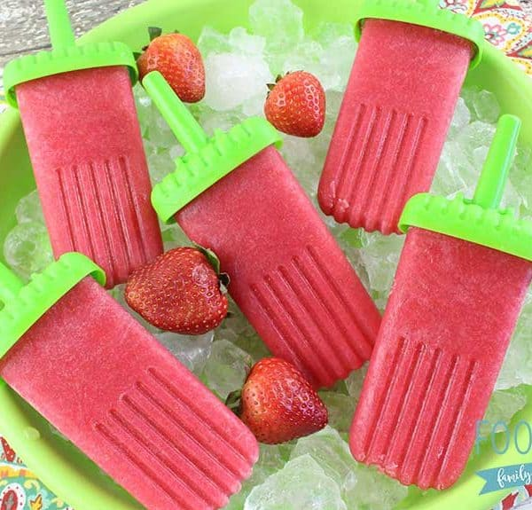 My strawberry prosecco popsicles are so easy to make, and are amazing to eat all year long!
