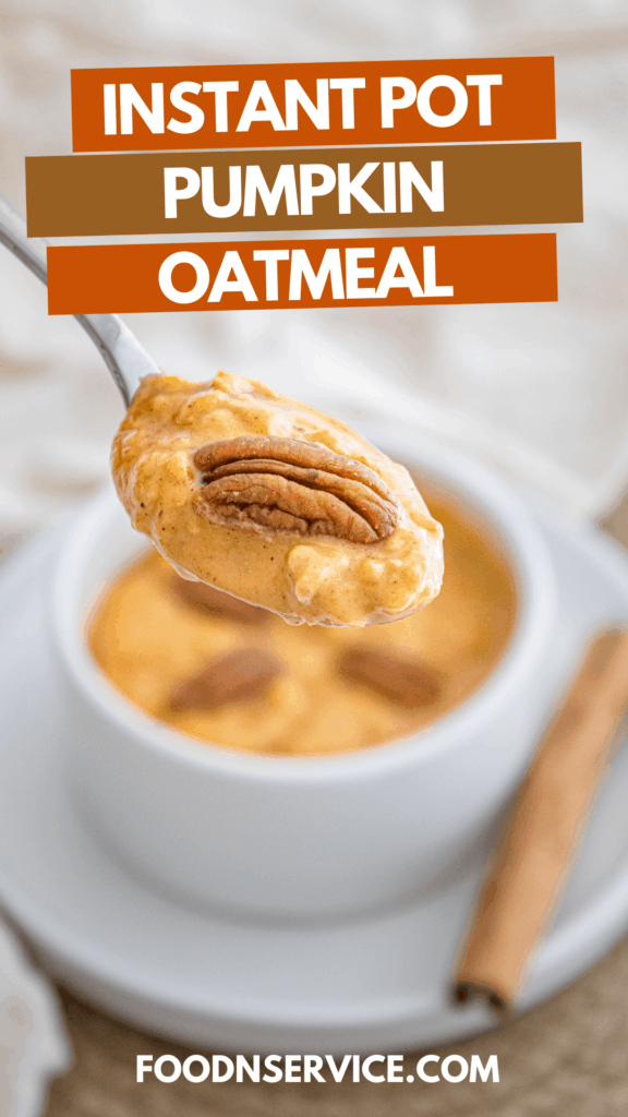 There's no better way to start the morning off then with a bowl of this delicious Instant Pot pumpkin oatmeal!